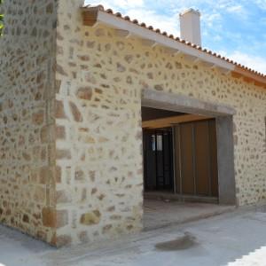 Ανακαίνιση πέτρινης κατοικίας – Δροσιά Χαλκίδας